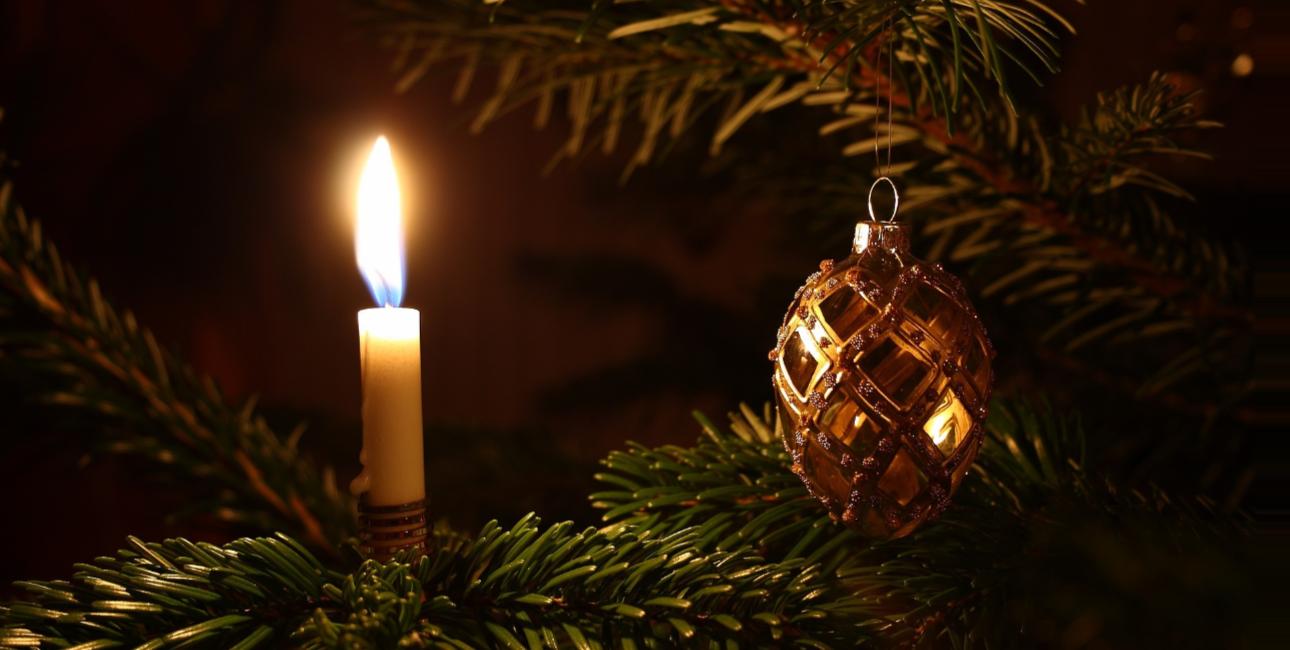 I julen fejrer vi, at lyset kommer til verden. Foto: Pixabay.