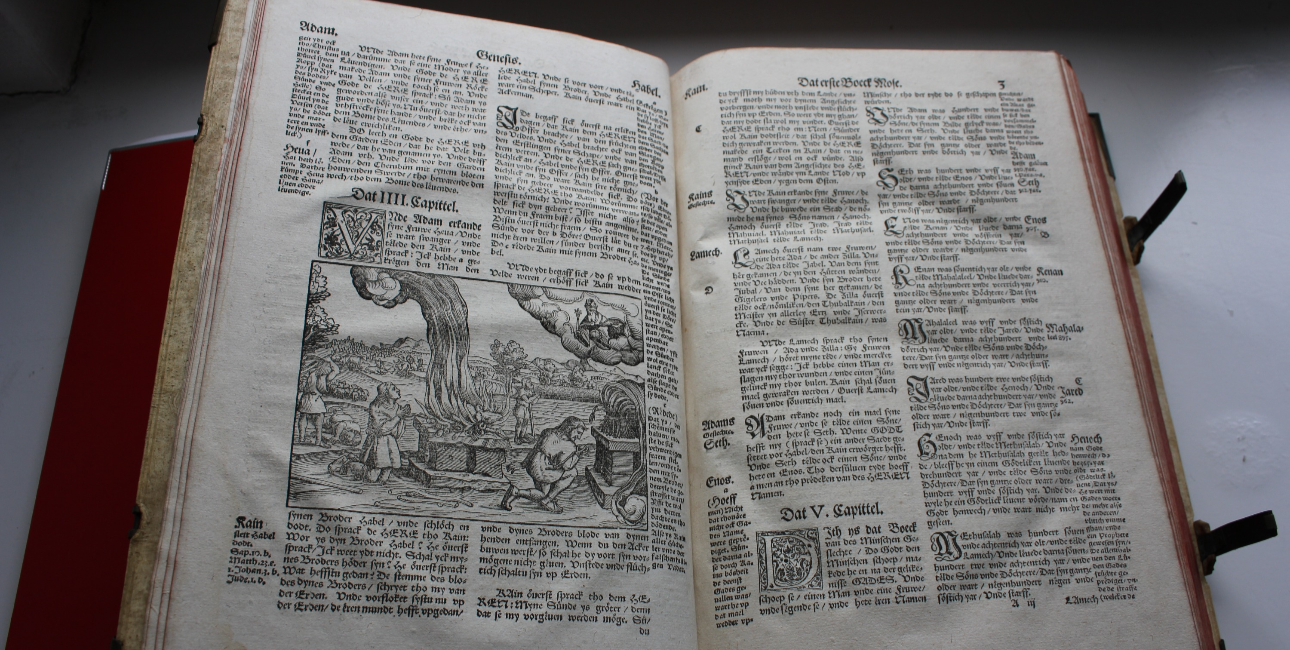 Nedertysk Lutherbibel fra 1574
