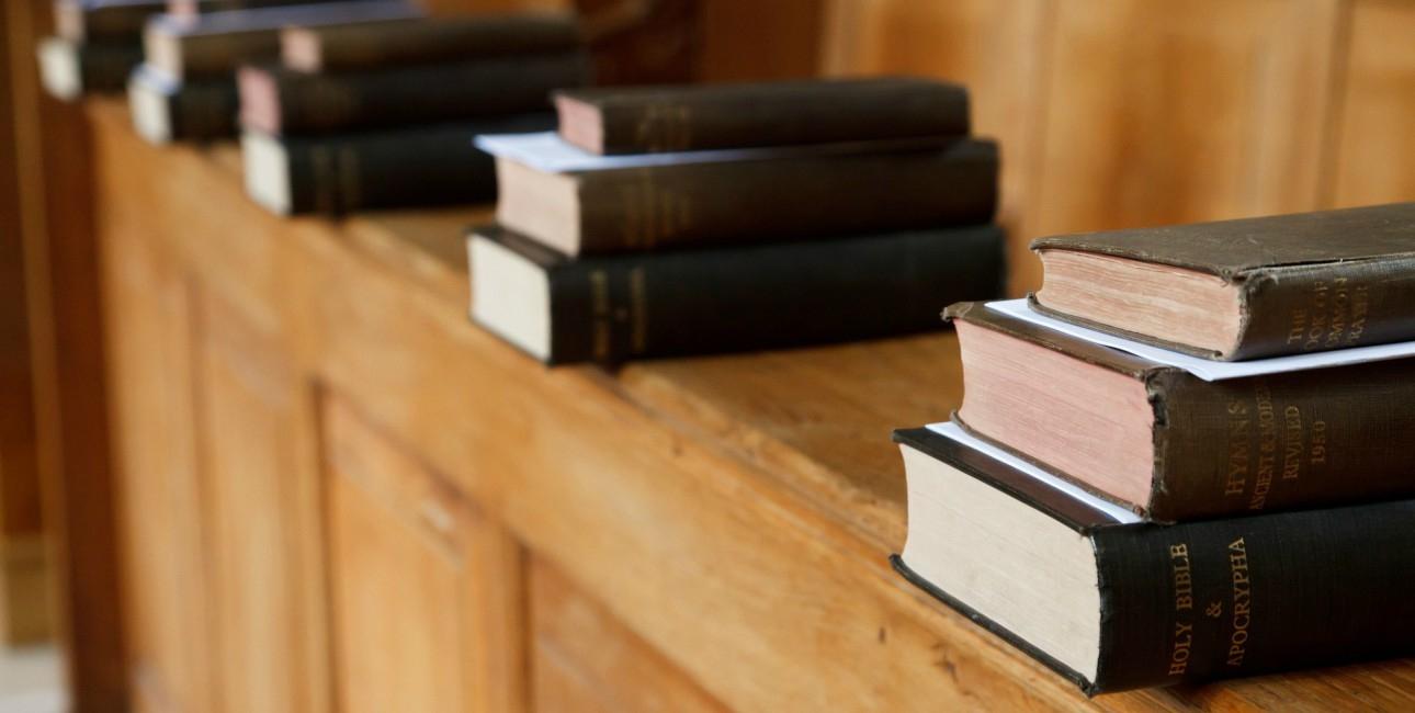 Salmebøgerne i kirken