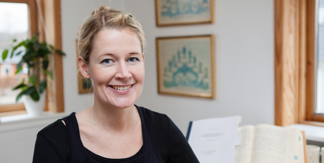 """Mette Behrndtz er teolog og en af oversætterne på """"TAK - Salmernes Bog"""""""