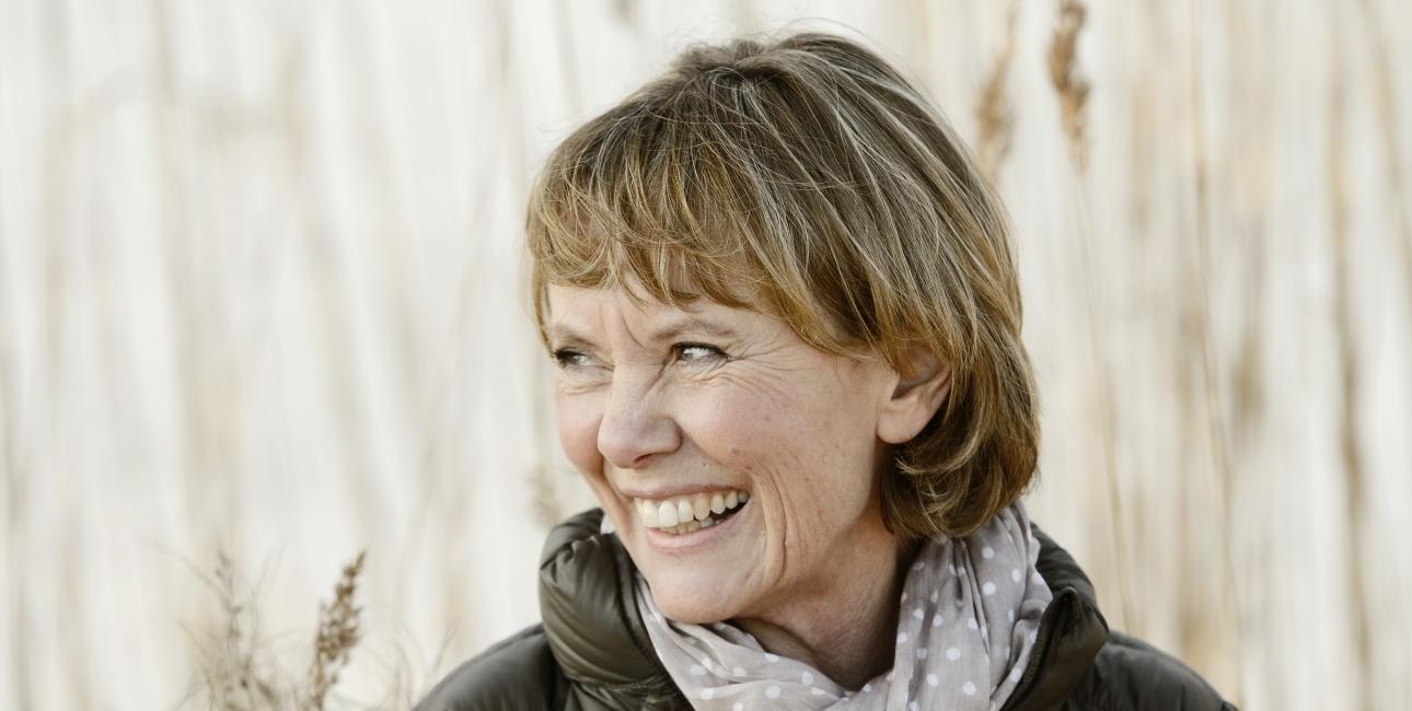 Lola Jensen - Les Kaner
