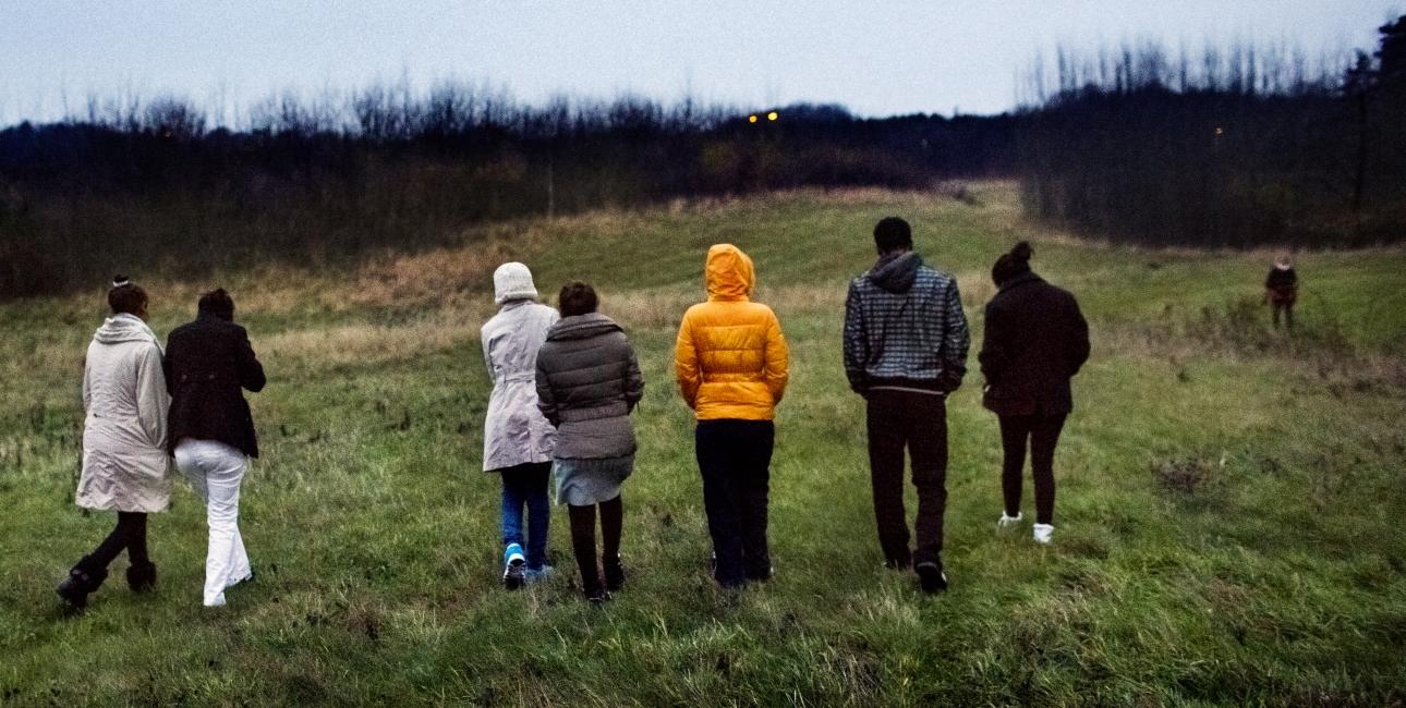 Da en hel gruppe flygtninge fra Eritrea dukkede op i Hvide Sande, gik de lokale igang med at indsamle tøj og sko samt penge til bibler på flygtningenes modersmål. Billedet her viser flygtninge fra Eritrea, som er ankommet til Helsingør. Foto: Linda Kastrup/Scanpix