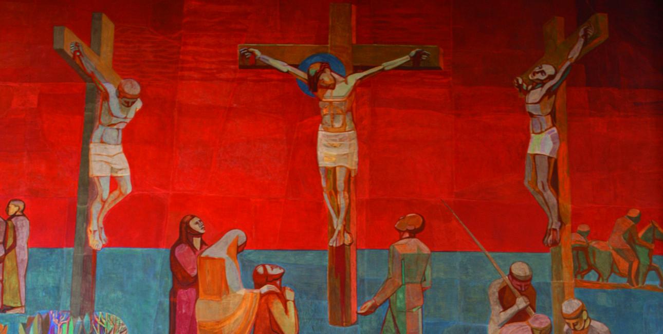 Langfredag dør Jesus på korset. Det er en dag fyldt med smerte og sorg, men ud af sorgen vokser livet. Illustration: Altervæggen fra Lindevang Kirke, maleri af Jens Urup.