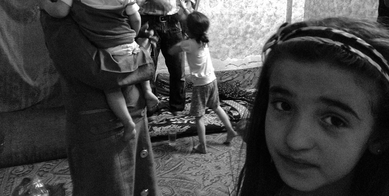 Flygtninge familie i Jordan. Foto: Lotte Lyng og Synne Garff.