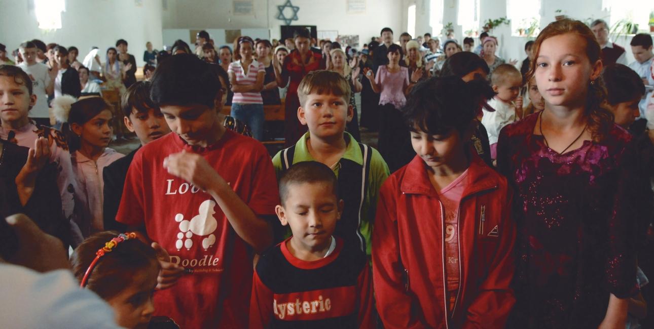 Gudstjeneste i en kirke i Usbekistan. Foto: Dag Smemo