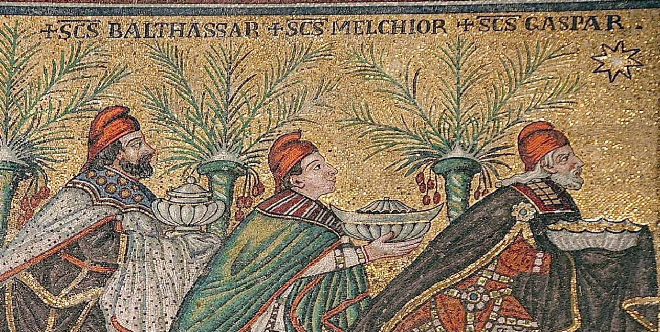 De vise mænd. Mosaik fra basilikaen Sant'Apollinare Nuovo i Ravenna. Kilde: Wikimedia Commons.
