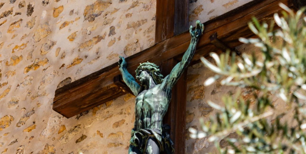 Jesus på korset. Foto: Unsplash.