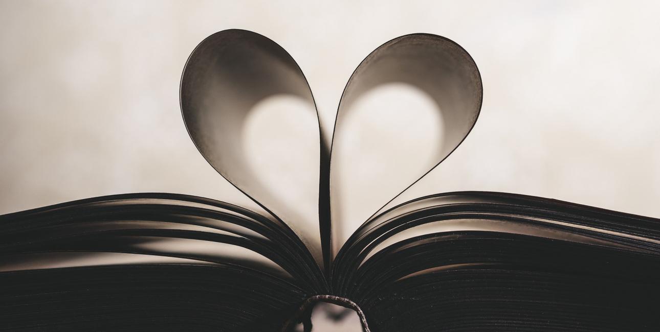 Hjerte, bog. Foto: Pixabay.