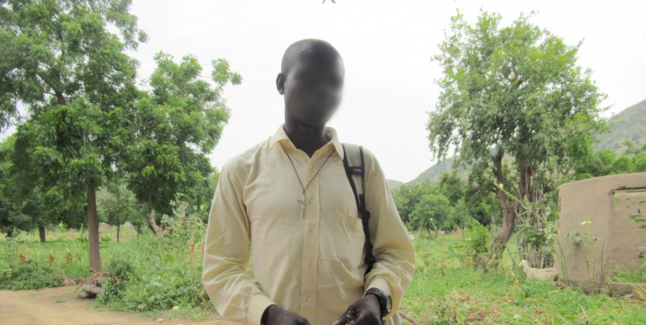 Bibeloversættelse i Cameroun, bibeoversætter Marcel. Foto: UBS