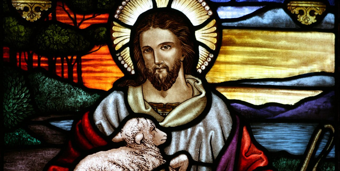 Den gode hyrde. Glasmosaik fra St John the Baptist's Anglican Church, Ashfield, New South Wales. Kilde: Wikimedia Commons.